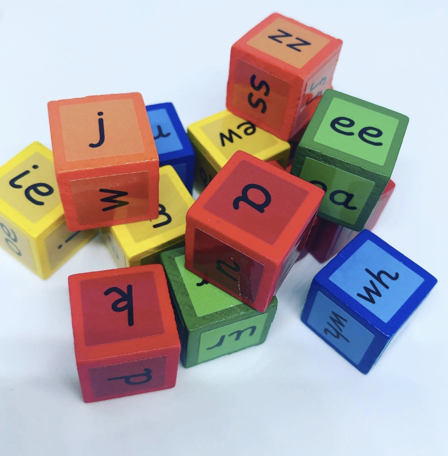 Phonic dice for letters and sounds games